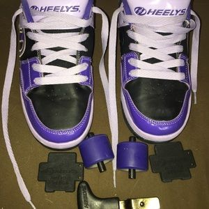 Shoes - Purple leather & vinyl roller Heelys skate shoes